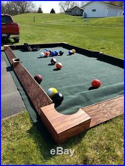 Soccer pool table